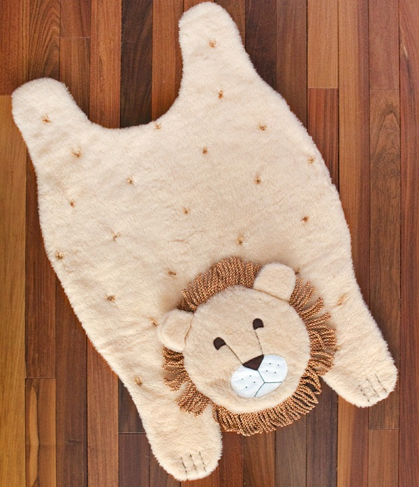 Tutorial: Faux fur animal rug or playmat