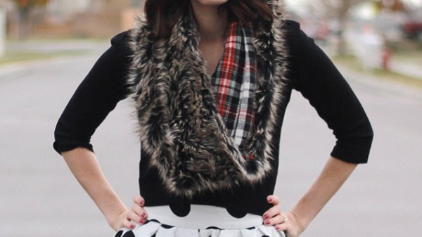Tutorial: Plaid lined faux fur scarf