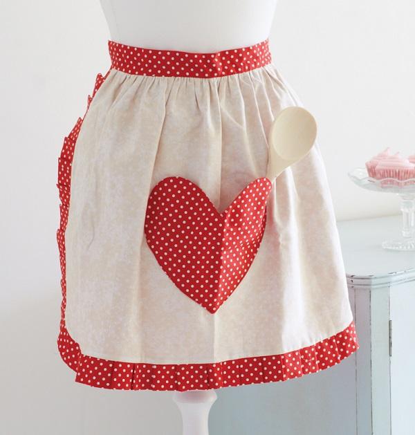 Tutorial: Retro style sweetheart apron
