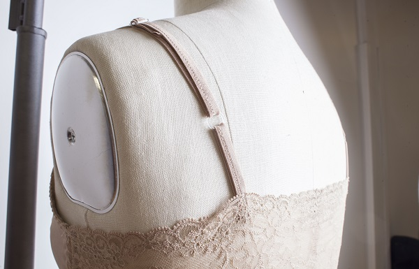 Tutorial: How to make adjustable lingerie straps
