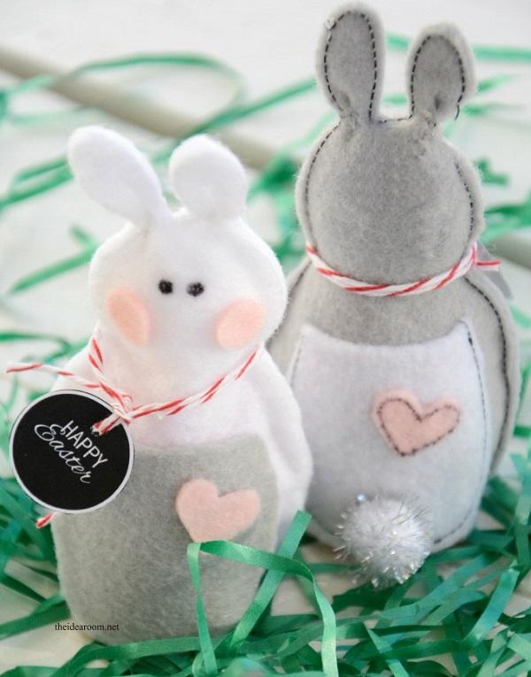 Free pattern: Felt Easter bunnies – Sewing