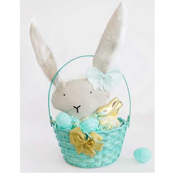 Free pattern: Easter basket bunny