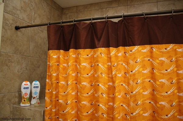 Tutorial: 30-minute shower curtain