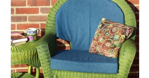 Tutorial: DIY custom fit chair cushions