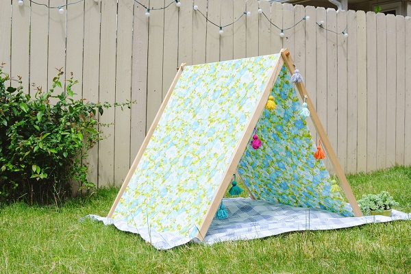 Tutorial Fold Up A Frame Play Tent Sewing
