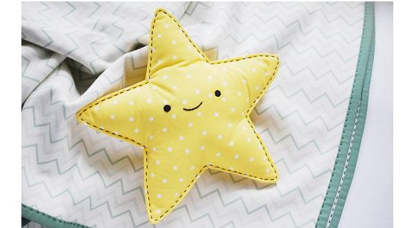 Tutorial: Easy star snuggle toy