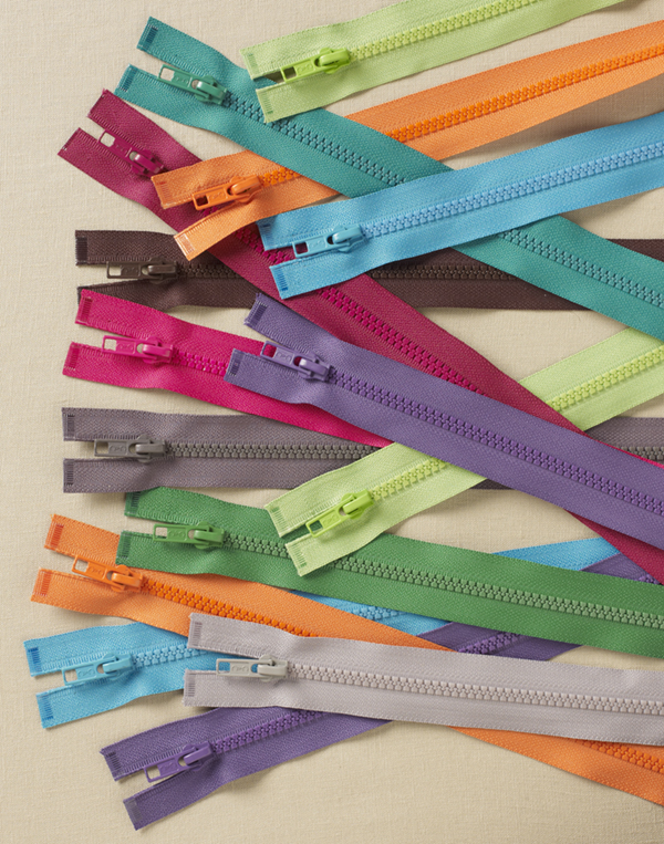How to choose the right zipper for your sewing project