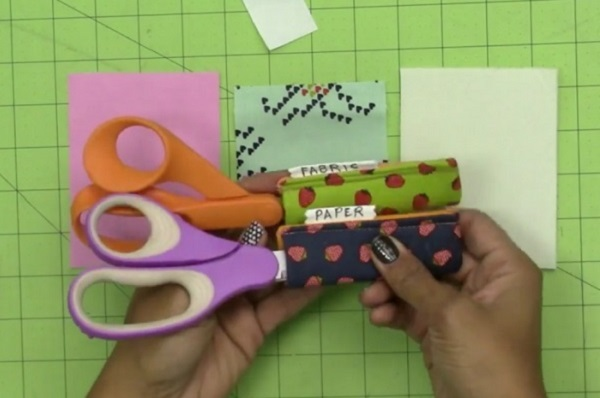 Tutorial: Scissor sleeves with labels so you'll know if they're for paper or fabric