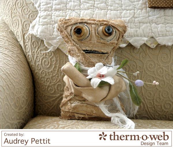 Tutorial: Halloween mummy softie