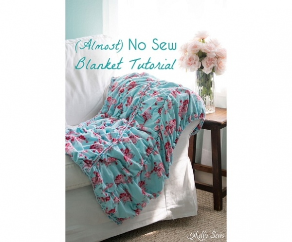 Tutorial: Almost no-sew ruched blanket