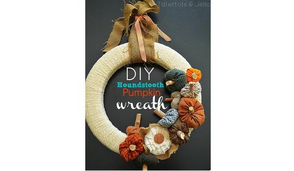 Tutorial: Houndstooth fabric pumpkin wreath