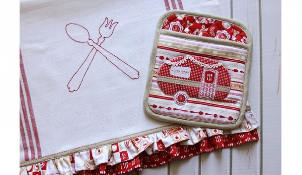Free pattern: Vintage camper kitchen set
