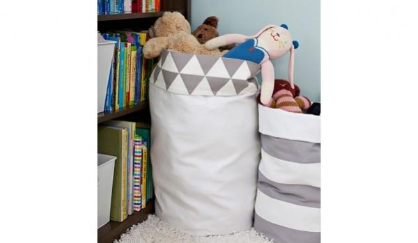 Tutorial: Reversible jumbo fabric storage buckets