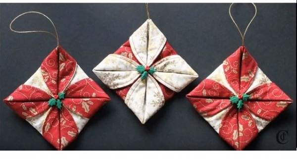 Tutorial folded fabric christmas ornaments sewing