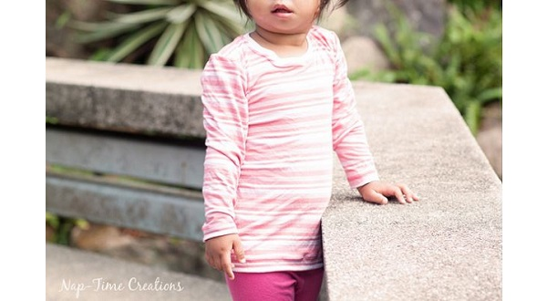 Free pattern: Little girl's t-shirt, with long and short sleeve options