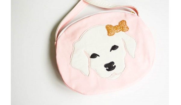 Free pattern: Faux leather puppy purse