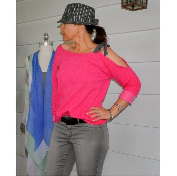 Tutorial: Easy cut out shoulder sweatshirt