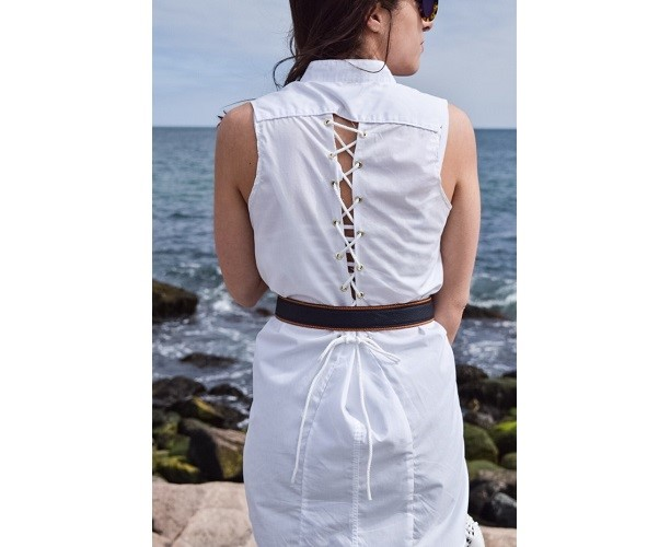 Tutorial: Nautical lace up back dress from a button up shirt