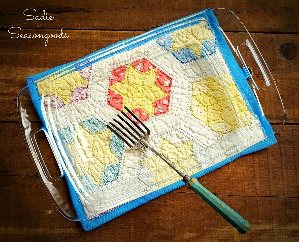 Tutorial: Hot pad trivet from a tattered quilt