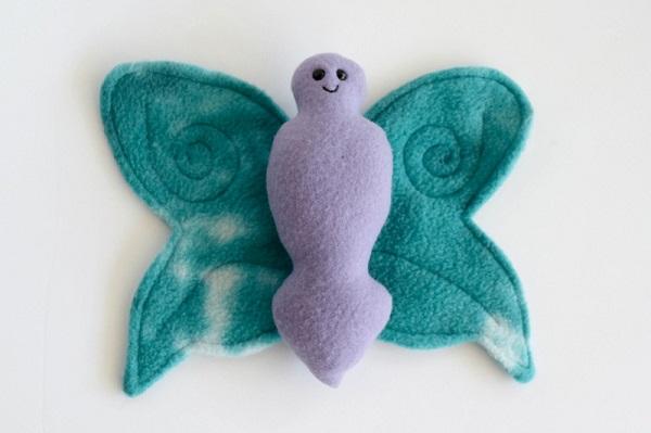 Free pattern: Fleece butterfly softie