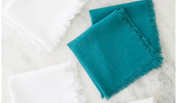 Tutorial: Easy fringe linen napkins