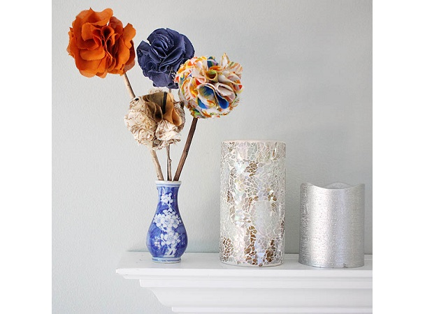 Tutorial: Fabric flowers made easy