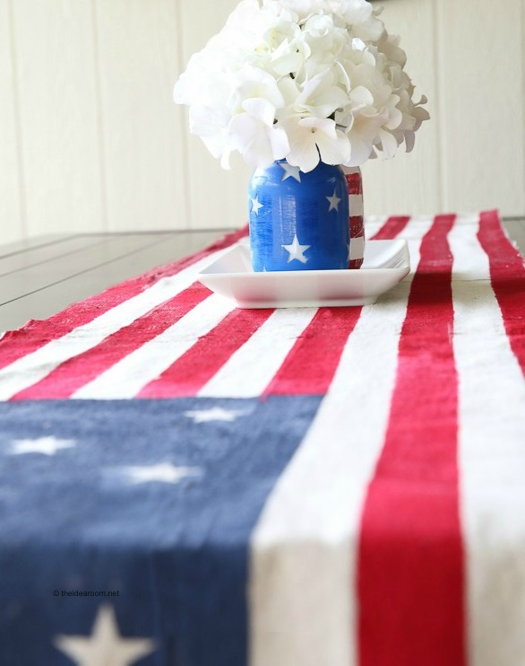 Tutorial: No-sew American flag table runner