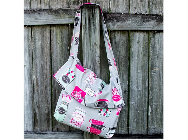 Tutorial: Make this messenger bag from 1 yard of fabric