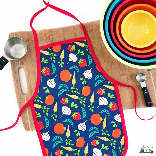 Free pattern: Kid's Cooking Apron