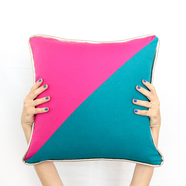 Tutorial: Bold color blocked pillows