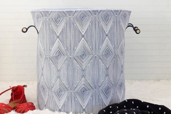 Tutorial: Anthropologie-inspired laundry hamper