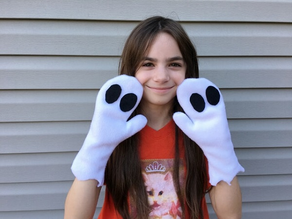 Tutorial: Ghost costume mittens