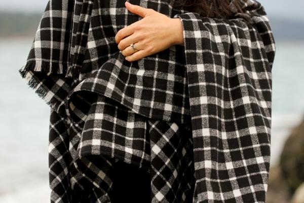 Tutorial: Easy cape scarf