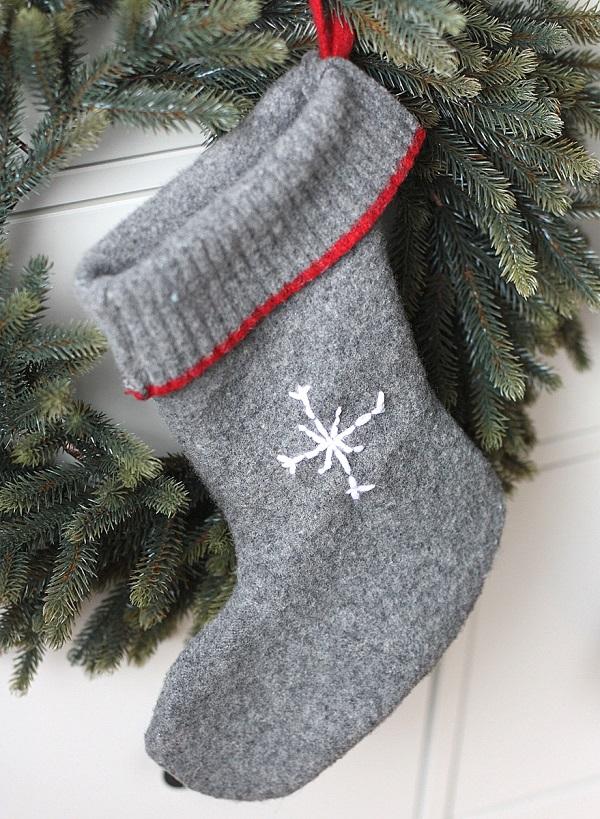 Tutorial: Easy wool sweater Christmas stockings