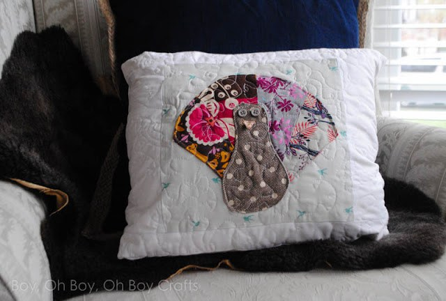 Tutorial: Scrappy turkey Thanksgiving pillow