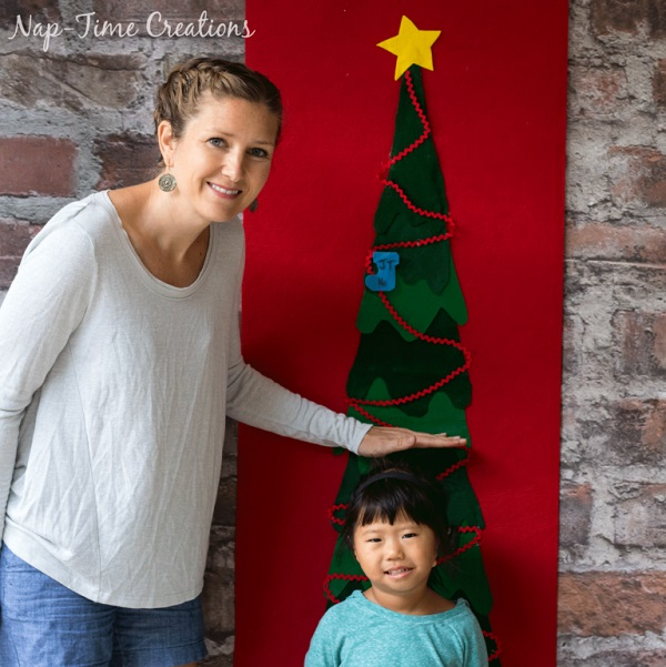 Free pattern: Christmas tree growth chart, no sewing required