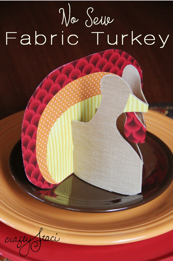 Tutorial: No-sew fabric turkey decoration or place card holder