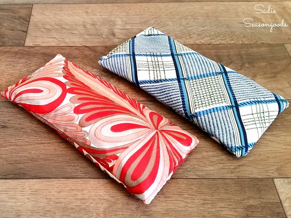Tutorial: Vintage scarf aromatherapy eye pillows