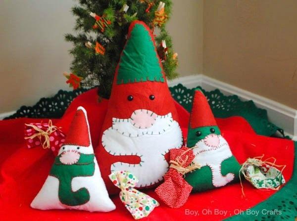 Free pattern: Felt gnome Christmas pillow
