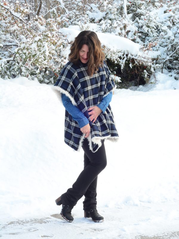Tutorial: Tartan poncho with faux fur lining