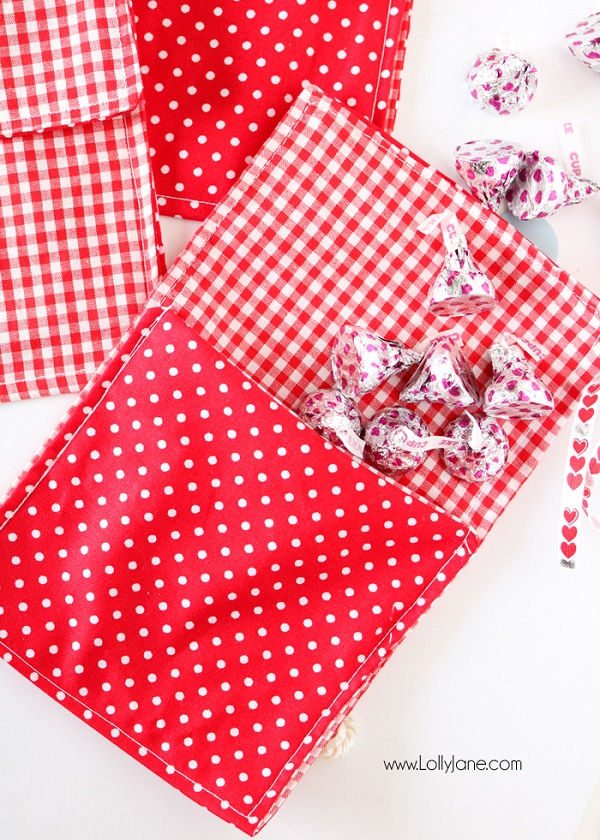 Tutorial: Fabric envelope for a Valentine treat