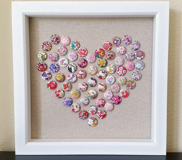 Tutorial: Fabric button heart art