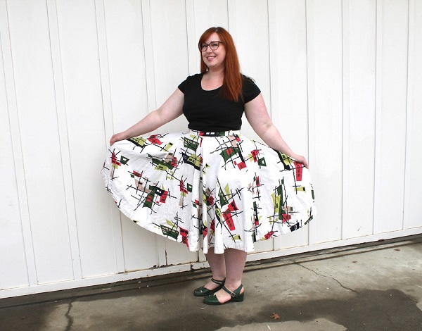 Tutorial: Easy way to enlarge a circle skirt