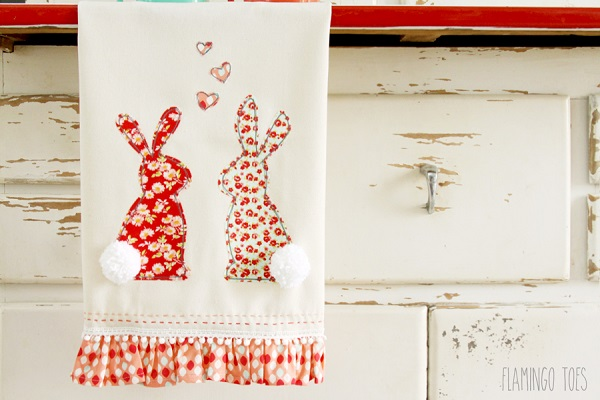Tutorial and pattern: Sweet bunny ruffle dishtowel