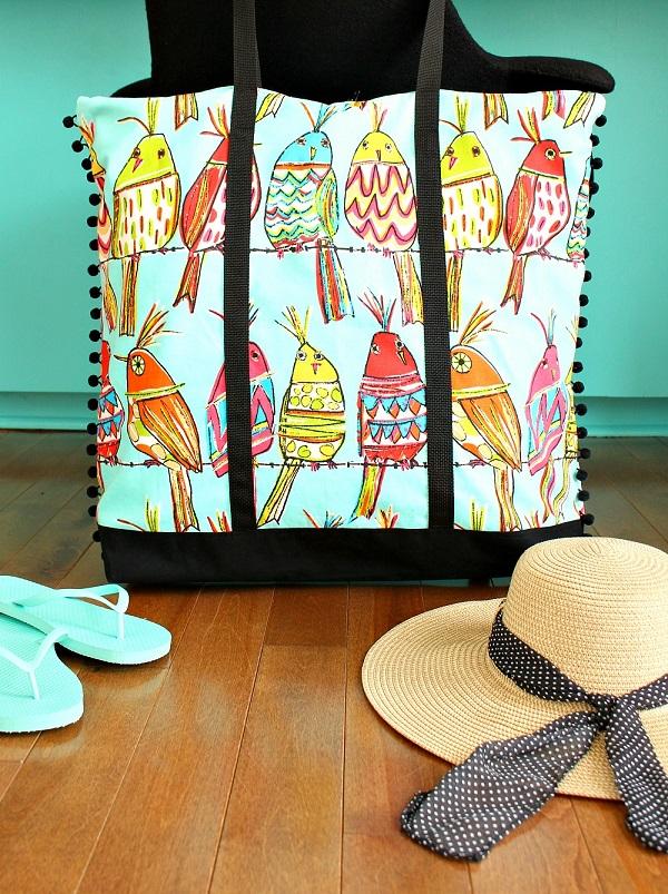 Tutorial: Beach bag with pom pom trim