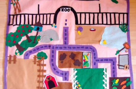 Tutorial: Littlest Pet Shop felt play mat