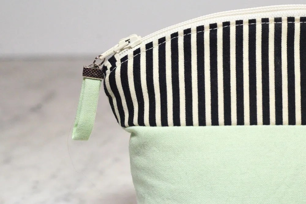 Tutorial: Easy fabric tab zipper pull