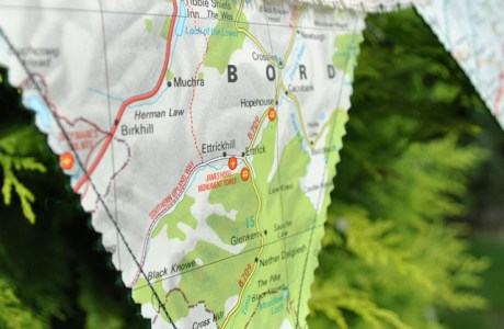 Tutorial: Vintage map bunting