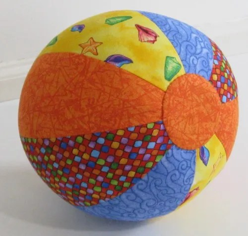 Tutorial and pattern: Soft fabric beach ball