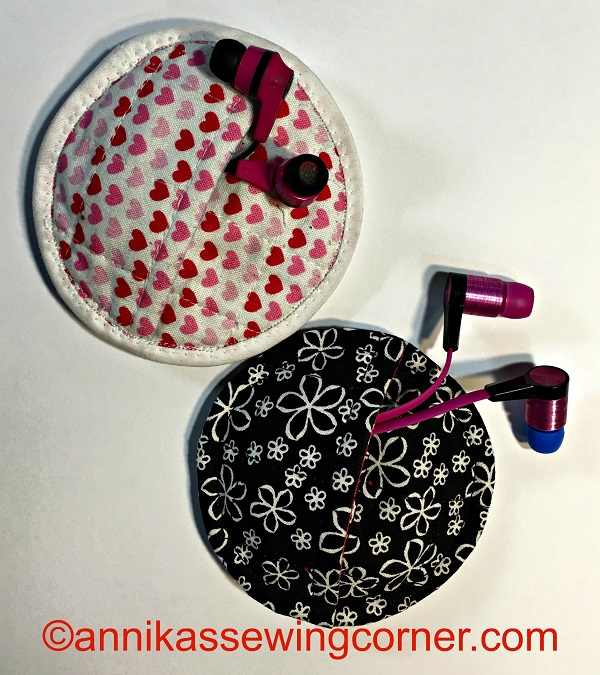 Tutorial: Quilted earbud pouch
